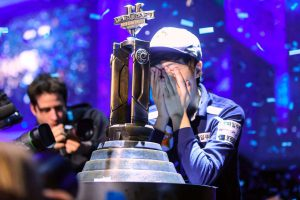 a gamer wins at starcraft 2